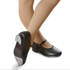 Girls Revolution Mary Jane black tap shoes, sz 12